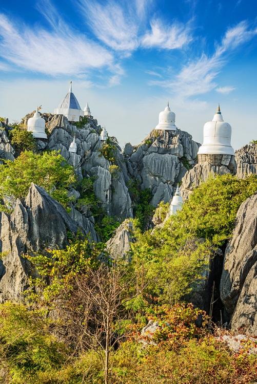 Wat Chal Oem Phra Kiat Phrachomklao Rachanusorn